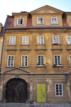 Dům-799-I-U-Obecního-dvora,Prague2011.jpg