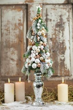 This is beautiful.it could be any color to match any decor. Small Christmas Trees, Christmas Holidays, Christmas Wreaths, Christmas Ornaments, Merry Christmas, Christmas Tablescapes, Christmas Centerpieces, Xmas Decorations, Christmas Design