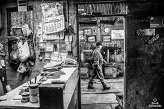 """don yito"" Fragmento trabajo fotográfico. #islademaipo #mecanico #personaje #clasico #necropalta #nikonistas #nikon #monochrome #blaclandwhite #bwphotochallenge #bw_perfect #bw #bw_photooftheday #photographer #photography #fotografia #fotografoschile #mechanic #magnumphotos #instaphoto #chilegram"