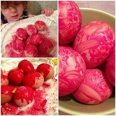 Βάψτε τα αβγά σας με κηρομπογιές! Egg Decorating, Decorating Your Home, Easter Gift, Gift Baskets, Easter Eggs, Diy And Crafts, Raspberry, Goodies, Fruit