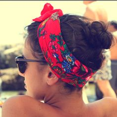 Beach day hair - I need to learn how to tie  a bandana/scarf to look like this! Lolll