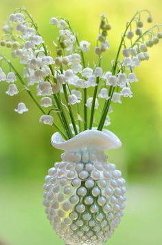 Fenton Hobnail Vase with Lily of the Valley ~ Mary Wald's Place My Flower, Flower Power, White Flowers, Beautiful Flowers, Lily Of The Valley Flowers, Plantation, Gras, Floral Bouquets, Planting Flowers