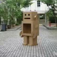 bo cardboard robot reading - photo #23
