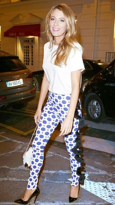 How To Get Blake Lively's Covetable Style--Tip 7: Try out printed pants as a going-out alternative.