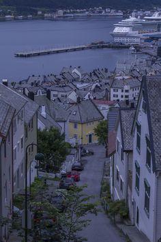 Ålesund, Norway https://flic.kr/p/qXSLMq