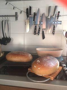 Kváskový chlieb pre začiatočníkov - Chuť od Naty Baked Potato, Potatoes, Bread, Baking, Ethnic Recipes, Baguette, Food, Potato, Brot