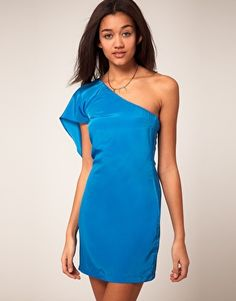 Cool one shoulder dress