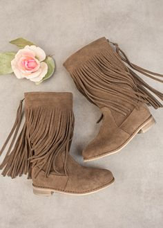 Joyfolie Willow Fringe Boots in Brindle Fall 2015 Little Girl Shoes, Girls Shoes, Sock Shoes, Shoe Boots, Lou Fashion, Bohemian Kids, Baby Boutique Clothing, Kids Clothing, Special Occasion Shoes