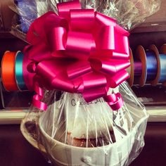Perfect Wedding Shower Gift #Juliska #Baking #StonewallKitchen #Bows