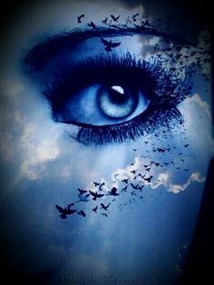Shocking Blue Eye