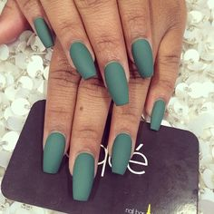 Matte nails are in right now ❤