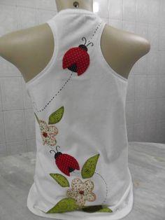 Camiseta+confeccionada+em+Patch+aplique.+100%+feita+a+mão.++Malha+macia,e+de+ótima+qualidade.++Todos+os+tamanhos. R$ 47,00