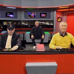 49 Pics And Memes To Improve Your Mood - Once again on the bridge … Star Trek veterans - Star Trek Enterprise, Star Trek Voyager, Star Trek Starships, Star Trek Meme, Star Trek Cast, Star Wars, Vaisseau Star Trek, Sherlock, Film Science Fiction