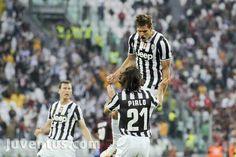 Juventus 2-0 livorno goal by llorente (2)  Forza juve Fernando llorente Spain Lega calcio Capolista Scudetto Cc andrea pirlo, stephan lichtsteiner.