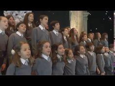 Pequenos Cantores do Conservatório de Lisboa - Presente de Natal (VIDEOCLIP OFICIAL).mov - YouTube Seasons, Education, Youtube, Christmas Music, Music Ed, Xmas Gifts, Lisbon, Singers, Games