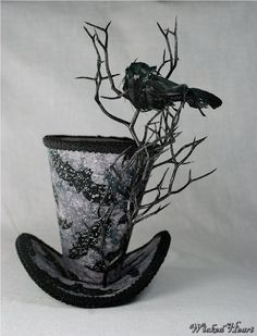 Spooky Crow Top Hat