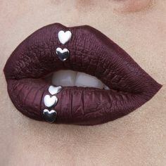 # Lip art Silver Hearts Instagram: vladamua