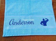 Toalha para academia prontinha #ToalhaDeRosto #Anderson #Academia #TudoAzul #Bordado #PontoCruz #Artesanato