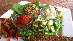 Mediteranean-Raw-Food-Plate