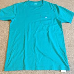 Southern tide pocket t shirt NWT. southern tide shirt. Just like vineyard vines Tops Tees - Short Sleeve