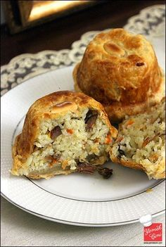 Puff pastry pilaf … - food and drink Albanian Recipes, Turkish Recipes, Greek Recipes, Meat Recipes, Cooking Recipes, Just Eat It, Yummy Food, Good Food, Iftar