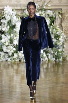 Vanessa Seward Fall 2016 Ready-to-Wear Fashion Show