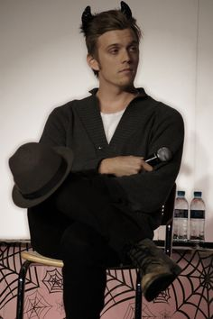 Jake Abel (I can't with this guy my heart is beating out of my chest) Cute Celebrities, Celebs, Jake Abel, Asa Butterfield, Supernatural Fandom, Sebastian Stan, Chris Evans, Guys, Famous People