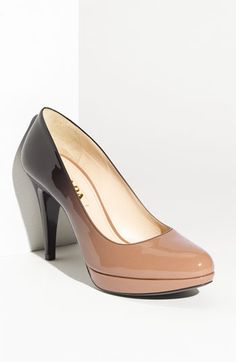 I'm so excited to wear my new shoes to the next few events I need to go to...I had an emotional connection with these!