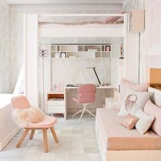 Here's a more feminine approach to the space-saving bedroom layout. (Photo from homedit.com)