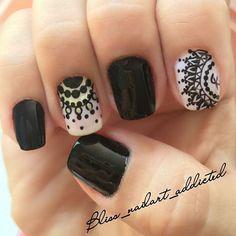 uñas mandala - Buscar con Google Nail Stamping, Love Nails, Beautiful Hands, Pedicure, Hair And Nails, Nail Colors, Nail Designs, Nail Art, Tattoos