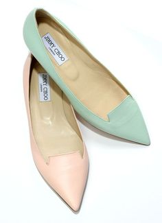 The Sweetheart Gift Guide Jimmy Choo flats 550 per pair Zapatos Shoes, Shoes Heels, Pumps, Ballerinas, Italian Shoes, Jimmy Choo Shoes, Dream Shoes, Beautiful Shoes, Me Too Shoes