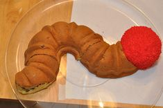 Fantastic idea! Use a Bundt pan to make a caterpillar body! Very Hungry Caterpillar cake for Patrick's 1st birthday.