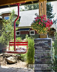 baby sleeping on a ski lift porch swing Ski Lift Chair, Lodge Furniture, Ski Lodge Decor, Diy Swing, Patio Swing, Diy Terrasse, Welcome To My House, Mountain Decor, Wooden Swings