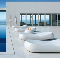 GUMBALL SUNLOUNGE Alberto Brogliato (2011) This is a sun lounge to use in the garden or in an area dedicated to relaxation, such as a swimming pool, spa, resort or hot springs. The inclination of the back permits correct and comfortable posture. Sky or technical fabric cushion available. #plust #design #italianstyle #decoration #miami #wynwood #designdistrict. Wynwood Art District / 48 NW 25th Street Suite #101 Miami, FL 33127. Ph +1 305-639-8696 📧 info@bieffedesign... www.bieffedesign.com