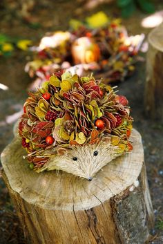 Original crafts from the gifts of autumn Christmas Candle Decorations, Thanksgiving Centerpieces, Autumn Crafts, Nature Crafts, Deco Floral, Floral Design, Knock Off Decor, Rustic Fall Decor, Garden Animals