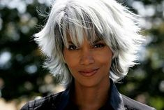 Halle Berry With Short White and Gray Hair As Oroe Munroe