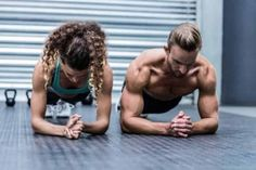 Front view of a muscular couple doing planking exercises by Wavebreakmedia. Front view of a muscular couple doing planking exercises Ab Core Workout, Plank Workout, Ab Workouts, Bum Workout, Muscular Strength, Muscular Endurance, Crossfit, Core Exercises For Beginners, Mundo Fitness