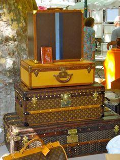 idea: Louis Vuitton trunk as a coffee table!