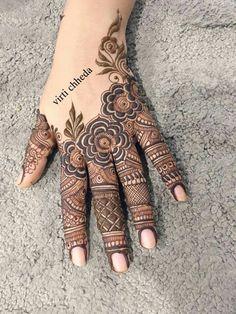 Pinterest: @leemeeluvsu Twitter: @leemeeluvsu Instagram: @leemeeluvsu Rose Mehndi Designs, Latest Arabic Mehndi Designs, Finger Henna Designs, Henna Art Designs, Mehndi Designs For Girls, Mehndi Designs For Beginners, Stylish Mehndi Designs, Dulhan Mehndi Designs, Mehndi Designs For Fingers