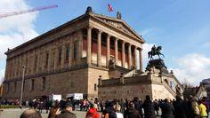 Art gallery beside the pergamon