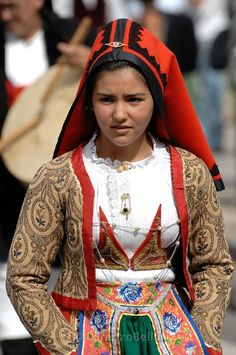 Folk Costumes of Sardinia - Page 2