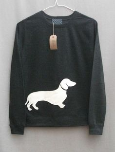 ♥ DIY Dachshund sweatshirt #doxie darlin' ...........click here to find out more http://googydog.com:
