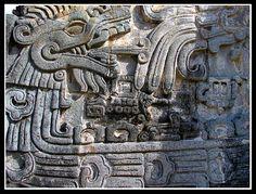 Quetzalcoatl serpiente emplumada
