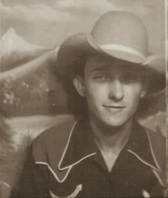 """cowboy 