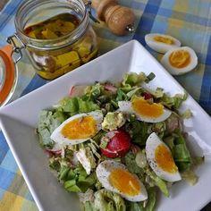 Egy finom Tavaszi fetás saláta ebédre vagy vacsorára? Tavaszi fetás saláta Receptek a Mindmegette.hu Recept gyűjteményében!