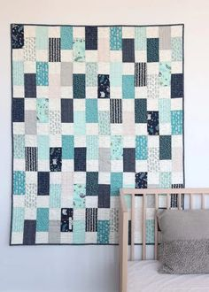 Quilt Baby, Baby Patchwork Quilt, Patchwork Ideas, Amy Smart, Owl Quilts, Sampler Quilts, Girls Quilts, Scrappy Quilts, Baby Quilt Tutorials