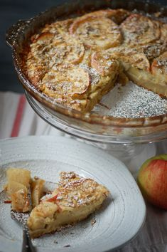 Autumn clafoutis with apples, chestnut flour and sunflower seeds - Hendrika Lewins Flan Dessert, Vegan Breakfast, Cooking Time, Vegan Recipes, Deserts, Nutrition, Fruit, Healthy, Lactose
