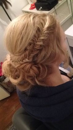 Fishtail updo with curls