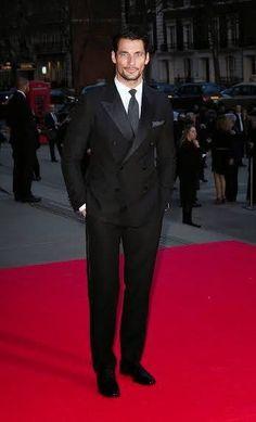 D Gandy en la cena de Glamour of Italian Fashion en el Victoria And Albert Museum de Londres. 1/4/2014