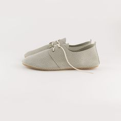 WANT A PAIR,  the coral is super cute too!